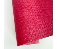 Переплетный матовый кожзам c фактурой крокодила, цвет малиновый 50х137 см