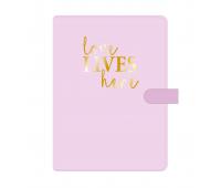 """Надпись из термотрансферной пленки """"love lives here"""", 6,5х7 см"""